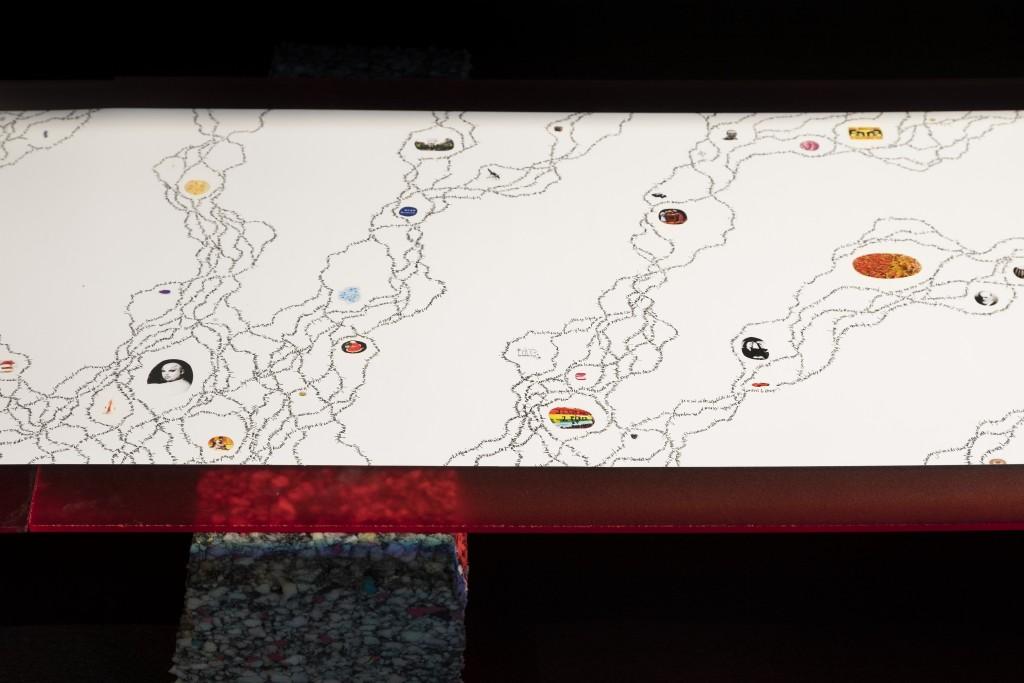 6 - Futur Intérieur, détail, dessin, 350 cm x 40cm, production Aware, 2020